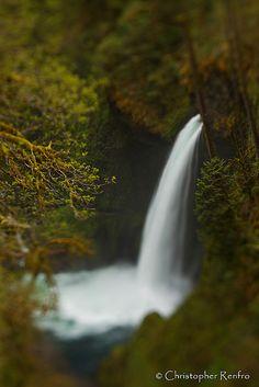 Metleko Falls. Lensbaby Edge 80 by Christopher Renfro, via Flickr