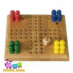 Jocul ideal pentru intreaga familie, puteti petrece timp de calitate alaturi de ei!  Joc logic pentru 2 – 4 jucatori.  Scopul jocului: sa fii primul care isi duce toti pionii in centrul tablei de joc.  www.strumfuljucaus.ro