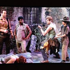 The Walking Dead on SNL haha Daryl stance. This is great--you need to watch the video!