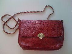 Vintage style red handbag, 15 euros