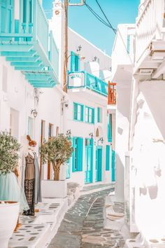 Mykonos, Santorini, Best Places In Greece, Best Places To Travel, Cool Places To Visit, Best Greek Islands, Greece Islands, Paros, Beautiful Islands