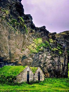 31 Wonderful Secrets Of Iceland   - YouMustBeHere.com