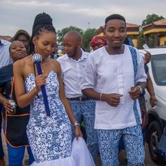 Fashion Tips Outfits African Wedding Dress For Couples Tips Outfits African Wedding Dress For Couples 2020 African Fashion Skirts, South African Fashion, African Print Dresses, Africa Fashion, South African Traditional Dresses, Traditional Wedding Attire, African Wedding Dress, Wedding Dresses, Shweshwe Dresses