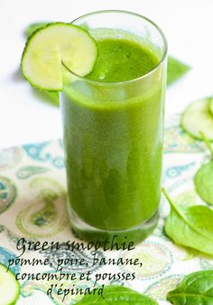 Smoothie Detox Pros And Cons.Great Suggestions For Green Smoothies Your Best Foods Easy Green Smoothie Recipes, Green Detox Smoothie, Healthy Green Smoothies, Raspberry Smoothie, Smoothie Cleanse, Smoothie Legume, Flat Abs Diet, Smoothies Banane, Citric Fruits