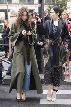 Paris Fashion Week Street Style Fall 2016 | POPSUGAR Fashion