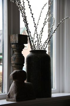 Pussy Willow in vase. Decor, Dried Flowers, Eclectic Decor, Beautiful Interiors, Cool Plants, Interior Styling, Glass Blowing, Vase, Home Deco