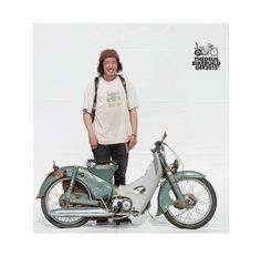 deus build off Custom Bobber, Custom Bikes, Cubs Pictures, Cafe Racer Honda, Honda Cub, Bike Wear, Motorcycle Art, Cool Motorcycles, Cars Motorcycles