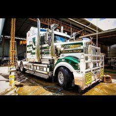 "Membreys Transport & Crane Hire ""Rowan"" - Australia"