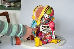 This Ralph Wiggum 3-D Cut-Out Cake Tastes Like Burning