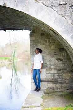 """The calmness I felt after my quiet time early this the morning was what drew me to this """"statement shirt"""". The purity of the shirt feels exactly like what I Classic White Shirt, Wardrobe Basics, Casual Chic, Casual Looks, Personal Style, Touch, Denim, Fashion, Moda"""