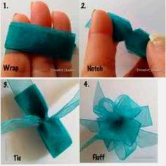 How to make a ribbon bow. Easy peasy! dustinpike.blogspot.com
