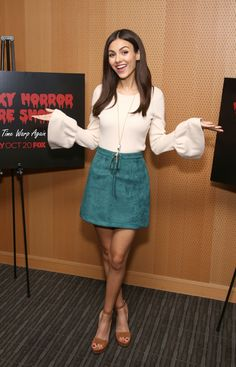 """(2016) ☞ HOT CELEBRITY WOMAN ★  VICTORIA JUSTICE IN A MINISKIRT AND HIGH HEELS 2016 ) ★ Victoria Dawn Justice - Friday, February 19, 1993 - 5' 5½"""" - Hollywood, Florida, USA."""
