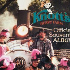 Vintage Knott's Berry Farm Official Souvenir Album with lots of Snoopy!