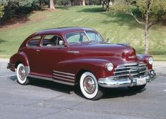 The 1947 Chevrolet Fleetline Aerosedan was Chevrolet's most popular model in Learn all about the two-door 1947 Chevrolet Fleetline Aerosedan. Vintage Cars, Antique Cars, Chevy, Chevrolet, Pretty Cars, Us Cars, Old Trucks, Car Pictures, Motor Car