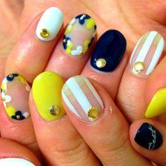 nail art design, yellow, navy blue, white #nailart