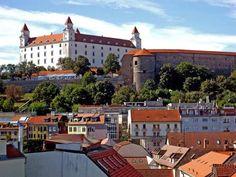 Bratislava Castle. Slovakia European Travel, Places Ive Been, To Go, Bratislava Slovakia, Mansions, Country, House Styles, City, Castles
