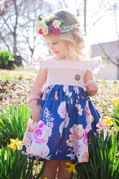 Isobel Baby Dress and Top Toddler Christmas Dress, Thanksgiving Pictures, Toddler Girl, Baby Girls, Pinafore Dress, Flutter Sleeve, Sewing Hacks, Baby Dress, Flower Girl Dresses