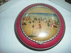 Vintage Compact Pink Enamel Vintage Beach Scene Great Condition | eBay