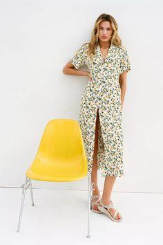 Frock Dress, Midi Shirt Dress, Floral Midi Dress, Floral Dresses, Women's Dresses, Mini Frock, Halter Mini Dress, Urban Dresses, Urban Outfitters Tops