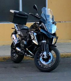 Bmw Motorbikes, Bmw Motorcycles, Gs 1200 Bmw, Vstrom 1000, Bmw Adventure Bike, Suv Bmw, Bmw Black, Bike Bmw, Ducati Diavel