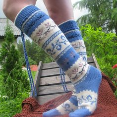 blue high very nice and warm socks. your feet will be happy. Wonderful high Norwegian Socks excellent quality. In the evening around the campfire in the mountains, fishing in the woods or at home - the legs will be warm and comfortable. Do not forget to specify the desired size and color. Thank you for visiting my store. Galina  Take a look at my second store  https://www.etsy.com/shop/PonchoShawlScarves?ref=l2-shopheader-name