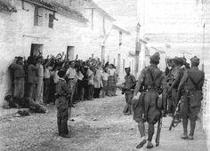 masacre de badajoz - Buscar con Google Historia Universal, Dark House, Lest We Forget, Photo Black, Civilization, Ww2, World War, Madrid, The Past