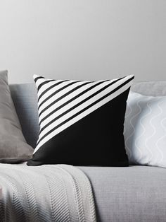Sewing Pillows, Diy Pillows, Throw Pillows, Throw Pillow Cases, Cushion Cover Designs, Cushion Covers, Pillow Covers, Scatter Cushions, Decorative Cushions