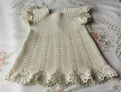Ivelise Feito à Mão: Vestidinho De Bebê Em Crochê