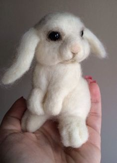 Felted Bunny. Tutorial at http://donnaaugustine.com/?cat=8