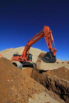 Doosan DX490LC-3, DX530LC-3 Excavators | Construction Equipment