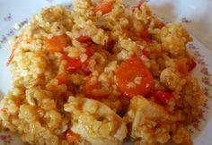 Csirkés-bulguros egytálétel recept képpel. Hozzávalók és az elkészítés részletes leírása. A csirkés-bulguros egytálétel elkészítési ideje: 70 perc