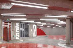 """L'agence parisienne Architecture Anonyme vient tout juste de livrer le projet d'un parking enterré dans le 17 ème arrondissement de Paris, nommé """"Vaisseau"""