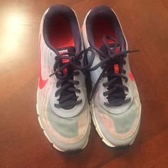 Nike relax run shuse Nike good condition Nike Shoes Athletic Shoes