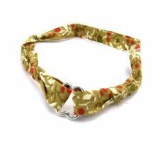 "Bracelet ""Liberty"" khaki flower. Les Tresors de Lily. $6.00"
