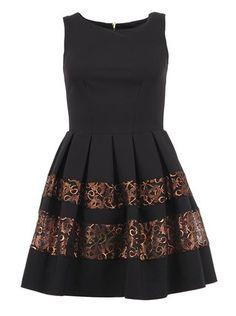 Closet - Černé šaty se dvěma pruhy - 1