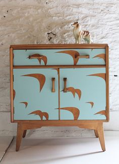 Cornwall designer Lucy Turner transforms mid-century furniture with the clever use of laser cut Formica laminate. She applies playful shapes such as pineapples, tulips and flamingos to chests of drawers and dressing tables, resulting in fabulous one off items with a fun, retro feel.