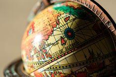 Everyday Objects, Globe, Speech Balloon
