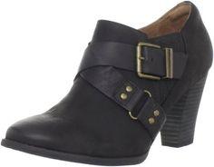 Amazon.com: Clarks Women's Indigo Heath Woodlark Ankle Boot,Black Oily Leather
