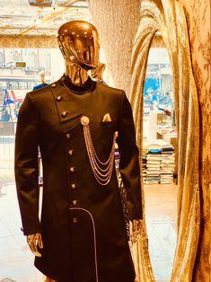 #art #dresses #mensfashion #fashion #indian #indianwedding #indianfashion #design #designer #fashiontrends #fashiondesign #handmade #wedding #groom #groomsmen #style #zari #embroidery #embroiderypatterns #embroideryart #thread #hyderabad #sherwani #indowestern #men #fashionweek #delhi #mumbai #pune Wedding Dress Men, Wedding Suits, Wedding Groom, Indian Men Fashion, Mens Fashion Wear, Kurta Men, Indian Groom Wear, Kurta Style, Mens Kurta Designs