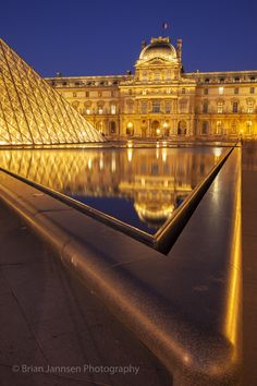 Twilight reflections at Musee du Louvre, Paris France. © Brian Jannsen Photography
