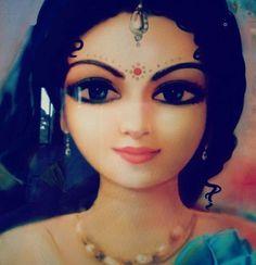 Kishori Radhe #vrindavan #bihariji #harekrishna #radharani