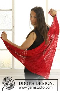 "Crochet DROPS shawl for Christmas in ""Cotton Viscose"" and ""Glitter"" ~ DROPS Design"