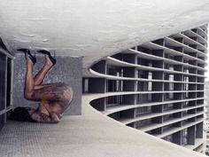 """Arts: Photography - Fabio da Motta in """"Curvas Concretas"""" Series - Shot at Copan Building, São Paulo - More than the same serie and Source: Catraca Livre http://catracalivre.com.br/geral/muito-mais-sao-paulo/indicacao/galeria-fotografo-explora-curvas-em-nu-artistico-no-copan/  & More works at http://fabiodamotta.tumblr.com/"""