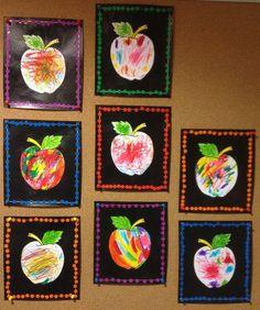 Arts visuels à la maternelle Halloween Crafts For Toddlers, Halloween Crafts For Kids, Toddler Crafts, Diy Crafts For Kids, Art For Kids, Preschool Apple Theme, Apple Activities, Fall Preschool, Preschool Crafts