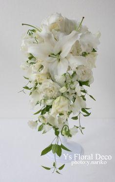 ユリのキャスケードブーケ @山手ヘレン記念教会 ys floral deco