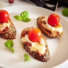 Visit our DELI to see our range of Artisan Pestos & Sauces www.pintxotapas.com/deli Brie, Chef Work, Professional Chef, Smoked Bacon, Deli, Sauces, Panna Cotta, Artisan, Range