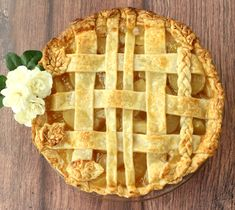 I simply love this yummy Easy Apple Pie Recipe, it's packed with lip-smackin Apple flavor that makes it hard to eat it slowly.  Another slice anyone?