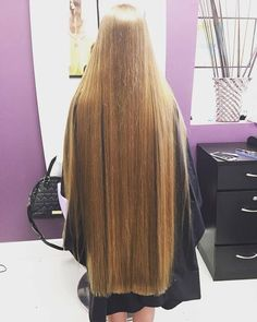 ⭐️ 💁🏼 🔹Trim your hair when needed to keep it one length and healthy, but let it grow very long, be healthy and treat your hair like gold and your hair will become perfect! Long Dark Hair, Very Long Hair, Long Hair Trim, Silky Hair, Beautiful Long Hair, Hair Lengths, Straight Hairstyles, Hair Inspiration, Long Hair Styles
