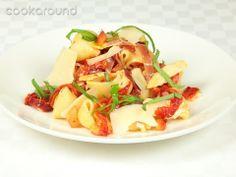 Conchiglie con peperoni e prosciutto crudo: Ricette di Cookaround   Cookaround