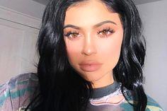 O xampu favorito da Kylie Jenner é ótimo e vende no Brasil